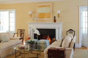 sarah gilbert fox writes a house decorating article for baltimore style magazine